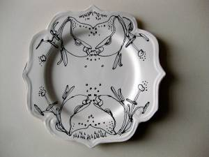 crab lilyporcelain plate by Helena Seget, drawing by Louise Bradley